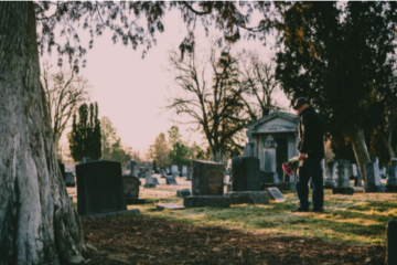 Rânduieli de înmormântare, după noile reguli privind Covid-19